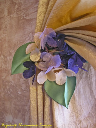 Авторский подхват на магните с цветком