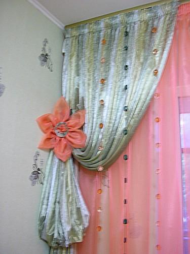 Декоративный подхват-цветок