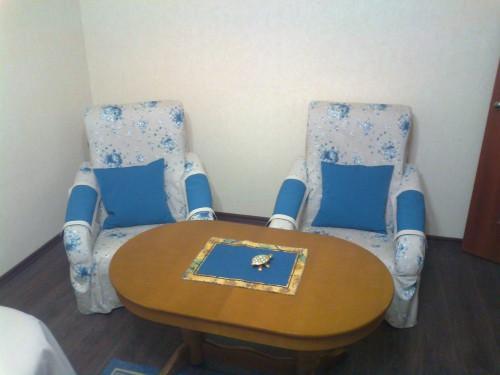 Чехлы на кресла и диван (2)
