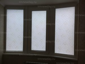 Рулонные шторы на заказ вензель