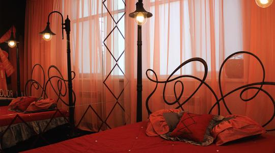 Гостиница сномерами вразныхэтнических стилях