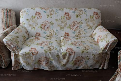 Чехол на диван (2)